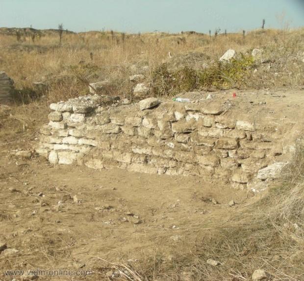 Рациария се превърна в символ и нарицателно за унищожаването на културно-историческото наследство