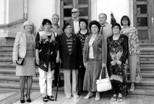 Петко Кичашки със свой ученици - среща по повод неговия 85-и рожден ден