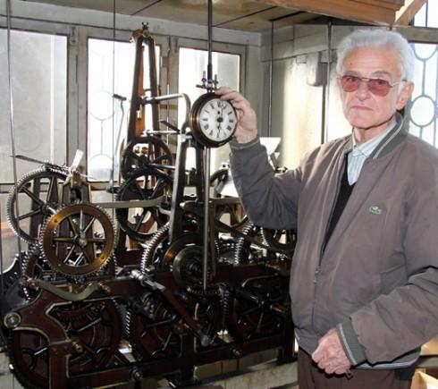 """През 1900 година започва да работи часовникът на катедралния храм """"Св. вмчк Димитър Солунски"""" във Видин"""