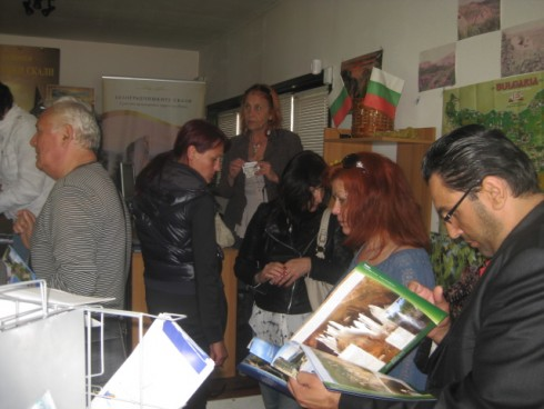 ТИЦ - Белоградчик посрещна група туристи от България и Румъния