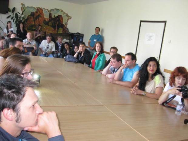 Кметът на Белоградчик се включи в международния семинар  по проблемите на младите хора, провеждащ се в с.Стакевци