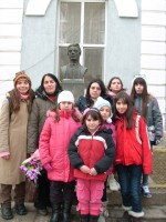Деца и възрастни хора почетоха паметта на Васил Левски