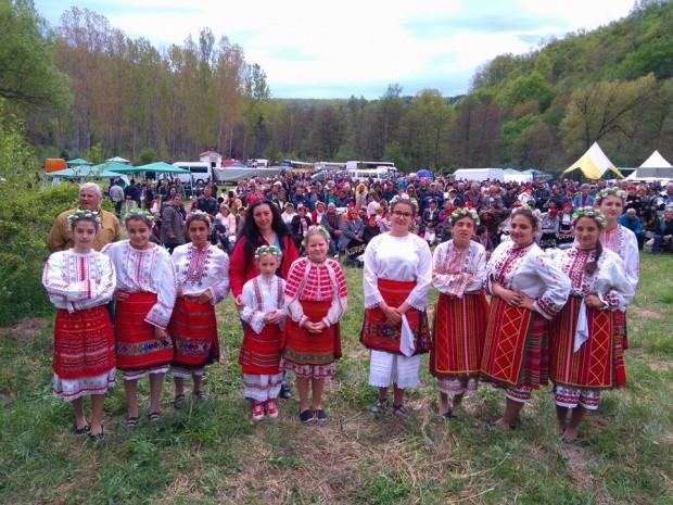 """Над 500 самодейци се включиха в шестото издание на фолклорния събор """"Алботин"""""""