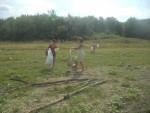 Почистване на брега на рабишкото езеро