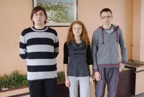 отляво надясно - Емил Петров, Оливера Костова и Никола Николов