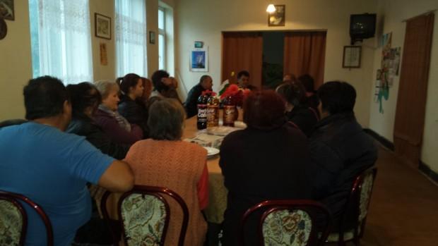 На 17 oктомври в с. Извор (общ. Димово, обл. Видин) от 17:30ч. се проведе среща на симпатизанти на ДПС