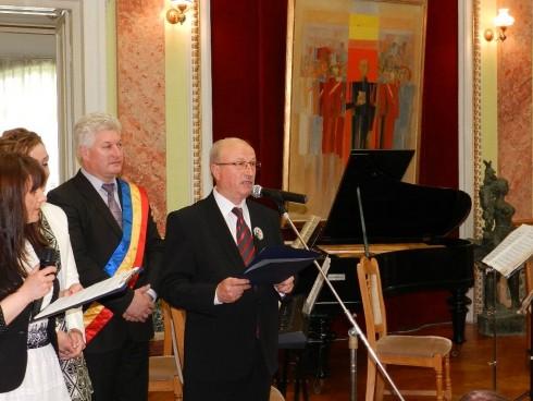 Областният управител на Видин получи грамота от кмета на Калафат на празника на румънския град