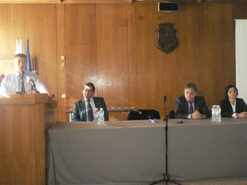 """Министърът на младежта, образованието и науката Сергей Игнатов и областния управител на Видин участваха във форума """"Българското училище през ХХI век"""