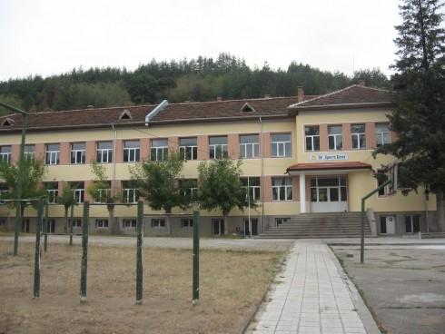 Ремонтираха училищата в община Чупрене