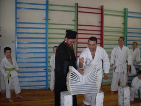 Спортен клуб по бойни изкуства в град Видин е готов за посрещане на зимата