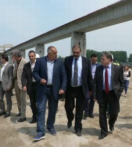 Министър-председателят провери хода на моста при Видин-Калафат