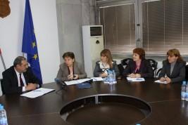 Кметът на Видин подписа договор с доставчика на социални услуги по проекта с УНИЦЕФ