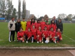 Традиционият 8-мо мартненски футболен турнир за девойки ще се проведе от 18 часа в Спортна зала Фестивална
