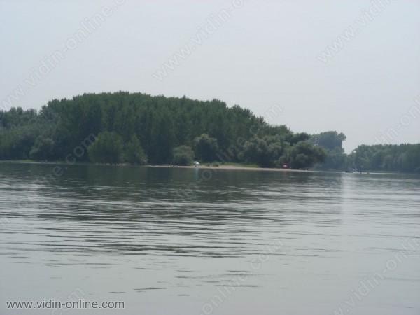 Остров Голя Кутово