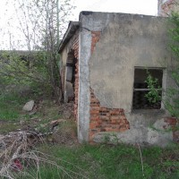Сграда към керамичната фабрика