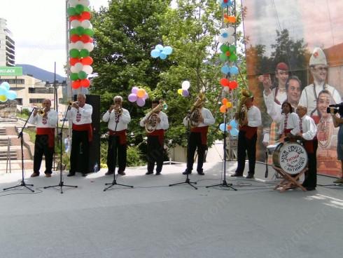 Самодейци от видинското село Антимово ще участват в международен фестивал в Сърбия
