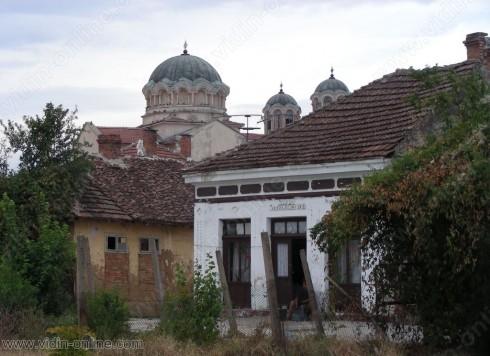 350 000 лева ще бъдат вложени в ремонта на втората по големина църква във Видинско