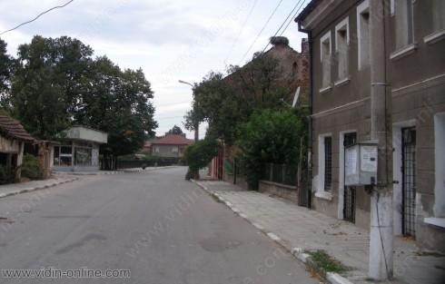 Пешеходните пътеки в село Арчар не са обновени поради липса на средства