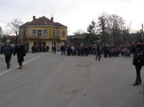Работници по програмите за заетост ще наблюдават дунавските диги край Арчар