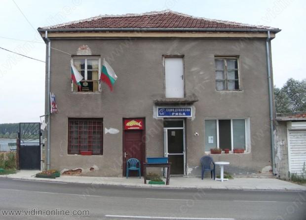 Нелка Йорданова, кметски наместник в село Ботево: Притеснявам се от продължаващото повишение на нивото на Дунав