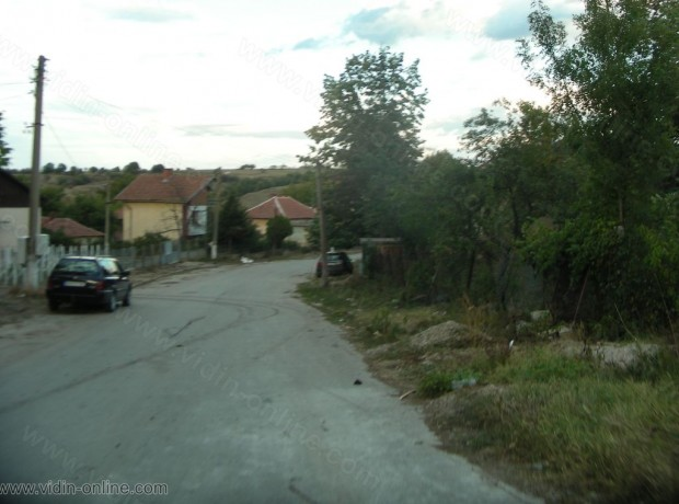 90% от хората, които извършват битови кражби в село Черно Поле, община Ружинци към момента са в затвора