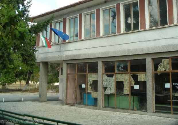 Повече от половината къщи в село Динково, община Ружинци са обезлюдели