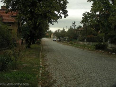 50 листовки с указания да не се дават пари ако са поискани по телефона са разпространени в град Дунавци