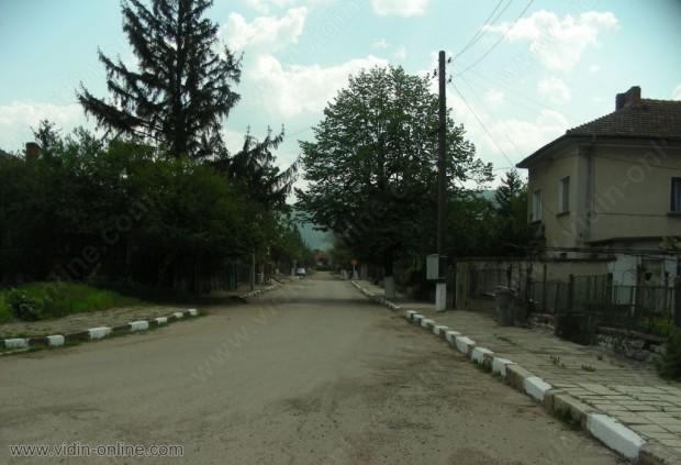 Костадин Филипов, кмет: Кражбите в село Гара Орешец са предимно от роми
