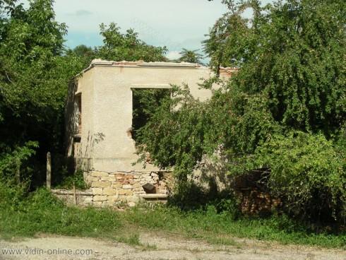 80% от необитаемите къщи във видинското село Големаново са разбити и ограбени