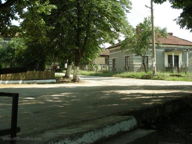 Връчени са два акта за нарушение на кметския наместник на село Киреево, община Макреш