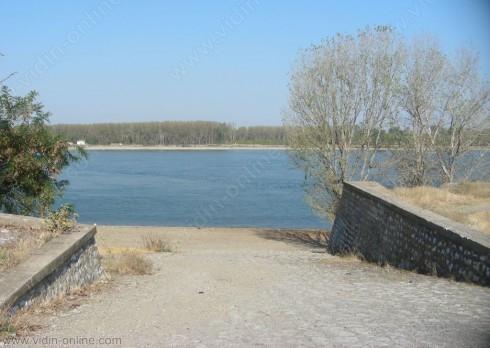 В село Кошава ще дежурят денонощно, ако нивото на Дунав продължи да се покачва