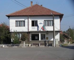 Жителите на селата Кошава и Покрайна празнуваха своя празник – Свети дух