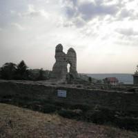 Кула -Крепост Каста Мартис