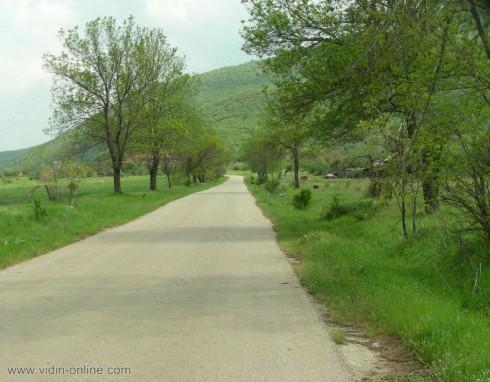 350 000 лева са необходими за възстановяването на пътя Белоградчик - Гара Орешец