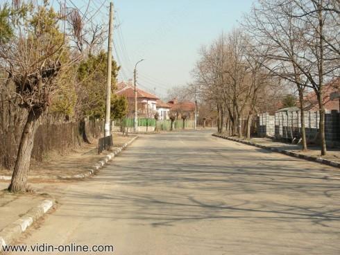 Големият интерес поддържа високи цените на имотите в село Рупци