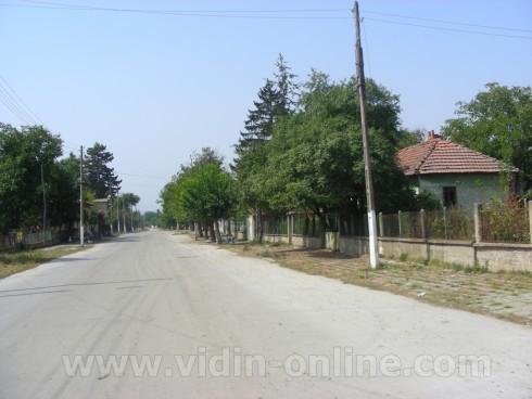 Село Цар Шишманово е подготвено за зимния сезон