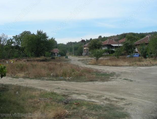 Във видинското село Цар Симеоново още се работи по укрепване на свлачището