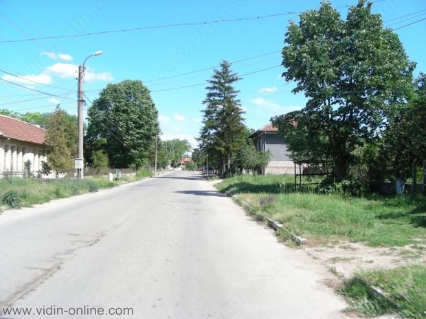Кметът на Видин Огнян Ценков: Строителната бригада към общината ще ремонтира къщата на Бисерка Славчева от село Синаговци, чийто дом пострада при пожар