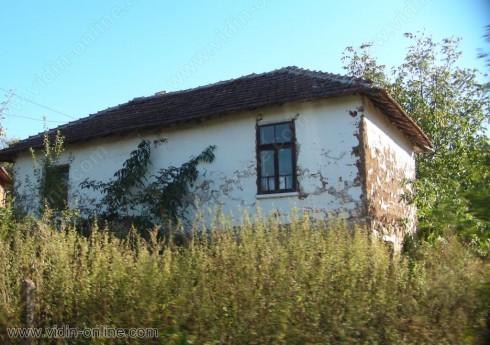 От 80 къщи само 20 са обитаеми през зимата в белоградчишкото село Струин дол