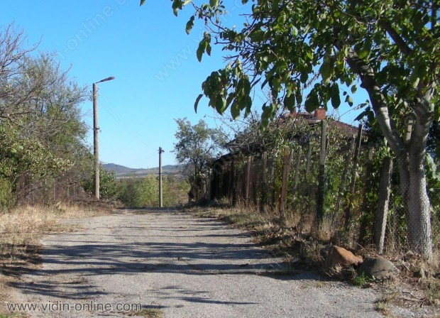 Дори през летният сезон не се наблюдава увеличение на населението в белоградчишкото село Вещица