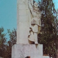 Паметник на червеноармееца в град Брегово