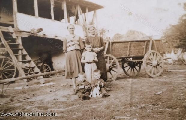 Стари снимки на село Чичил