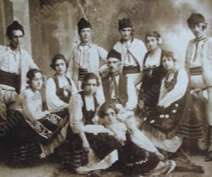 Танцова група при музикално дружество КИТАРА 1922г.