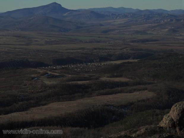 село Средогрив