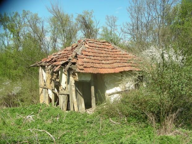 стара колиба до големановската застава