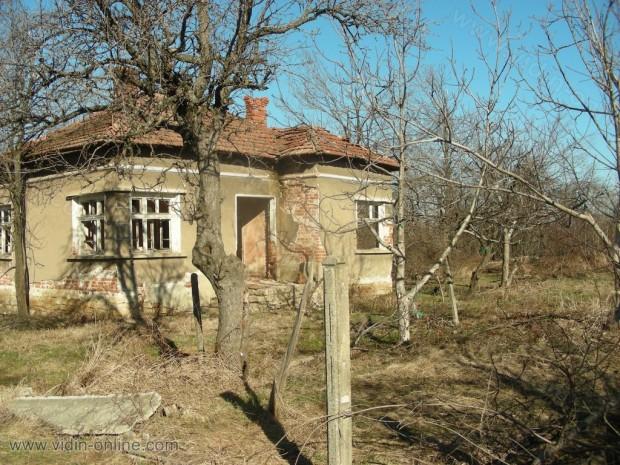Къща в село Големаново