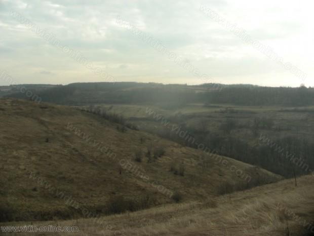 Дол до село Каленик