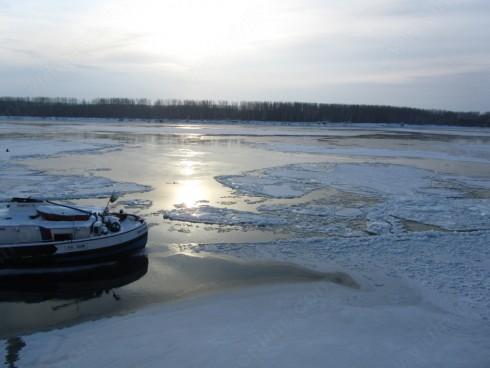 Повече от 80% е ледоходът при ферибот Видин-Калафат