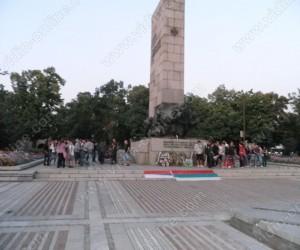 Мирен протест за жертвите в Катуница