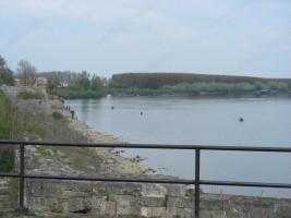 Мръсна вода от канализацията се излива директно в Дунав
